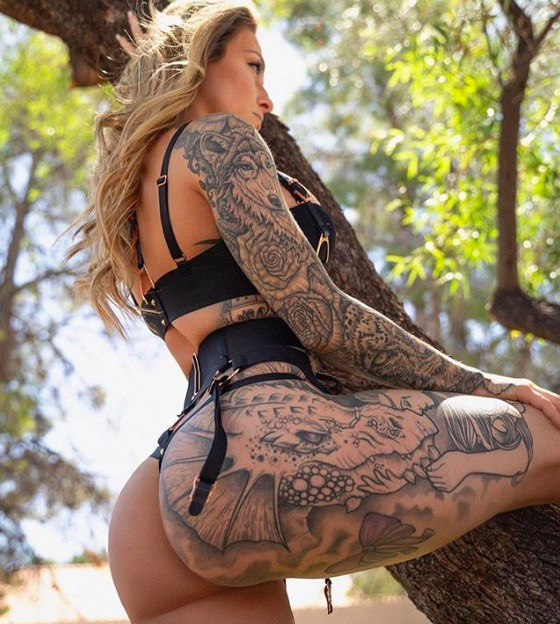 sexy bikini tattoo foto 9 foto tattoo татуировки