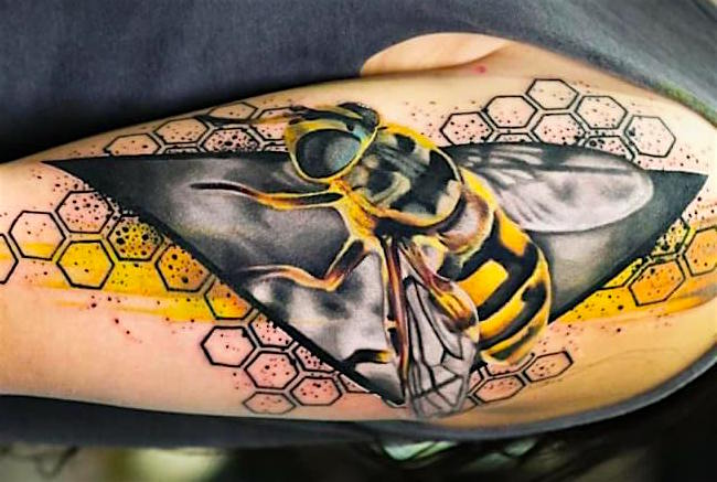 Что значит ПЧЕЛА в татуировке?0