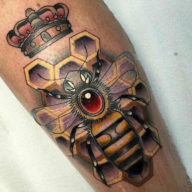 Что значит ПЧЕЛА в татуировке?7