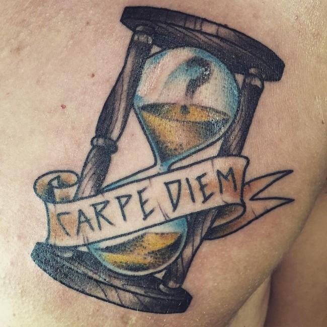 Фото и значение татуировок Carpe Diem68